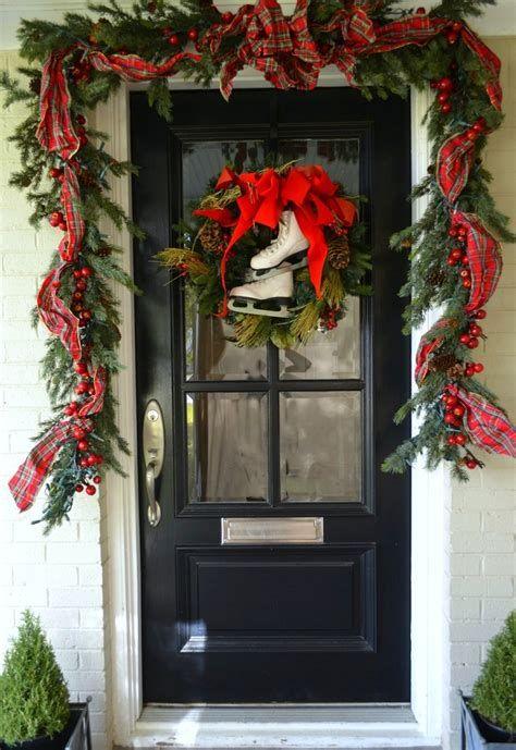 Most Popular Door Christmas Decor Ideas For Inspirations 41
