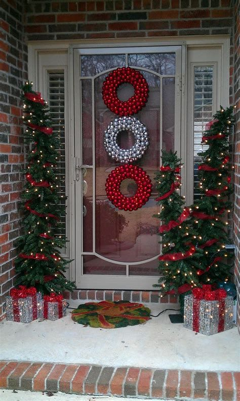 Most Popular Door Christmas Decor Ideas For Inspirations 42
