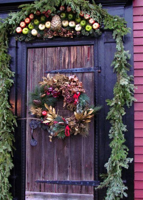 Most Popular Door Christmas Decor Ideas For Inspirations 45