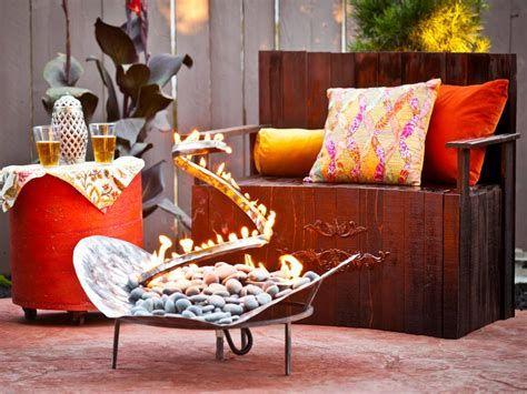 Perfect Fire Pit Design Ideas For Winter Season Decoration 01