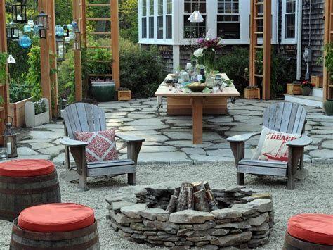 Perfect Fire Pit Design Ideas For Winter Season Decoration 10