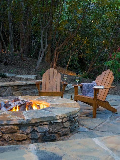 Perfect Fire Pit Design Ideas For Winter Season Decoration 26