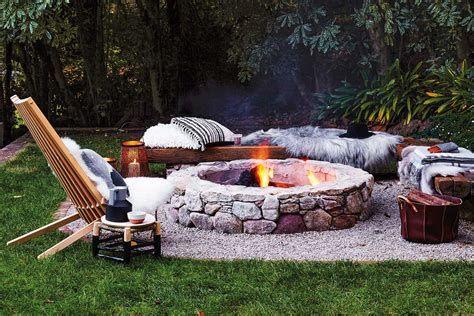 Perfect Fire Pit Design Ideas For Winter Season Decoration 28