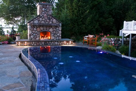 Perfect Fire Pit Design Ideas For Winter Season Decoration 33