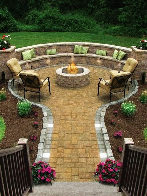Perfect Fire Pit Design Ideas For Winter Season Decoration 44