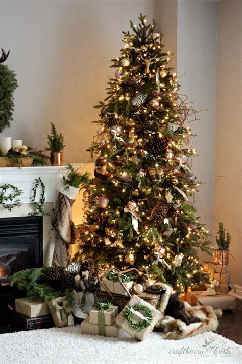 Stunning Christmas Tree Decorations Ideas For Inspiration 11
