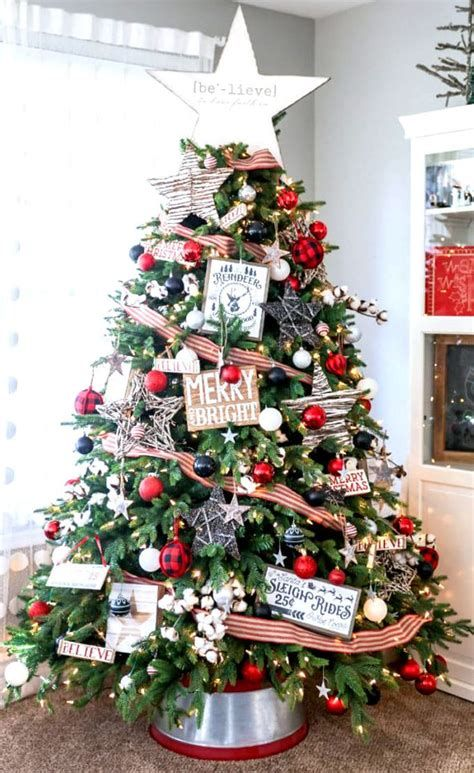 Stunning Christmas Tree Decorations Ideas For Inspiration 14