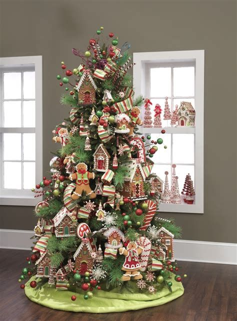 Stunning Christmas Tree Decorations Ideas For Inspiration 19