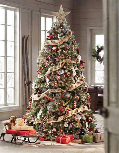 Stunning Christmas Tree Decorations Ideas For Inspiration 28