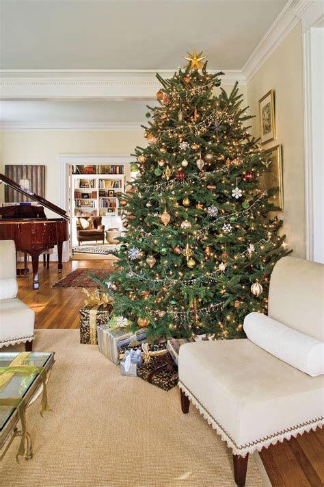 Stunning Christmas Tree Decorations Ideas For Inspiration 42