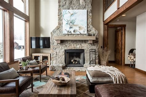 Warm Rustic Family Room Designs For The Winter 11