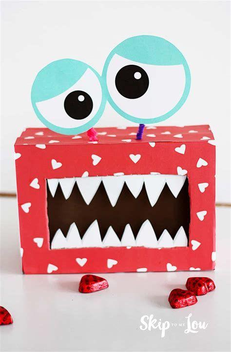 Adorable Valentine Mailbox Decorating Ideas Ideas 12