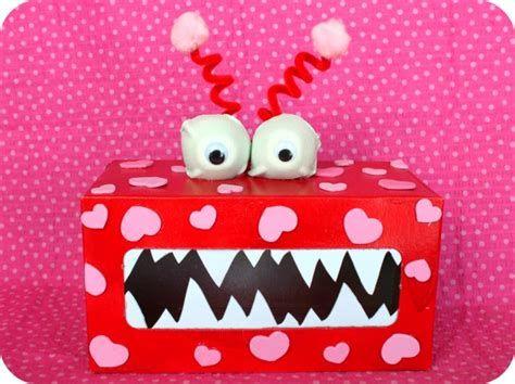 Adorable Valentine Mailbox Decorating Ideas Ideas 17