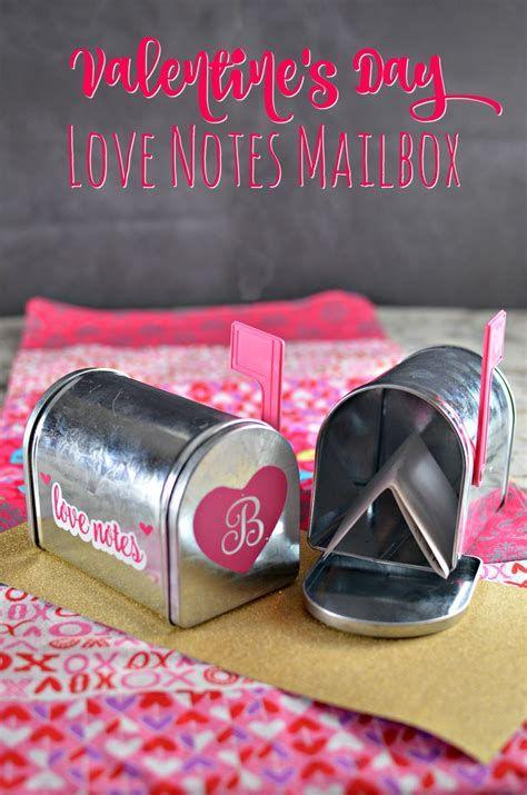 Adorable Valentine Mailbox Decorating Ideas Ideas 24