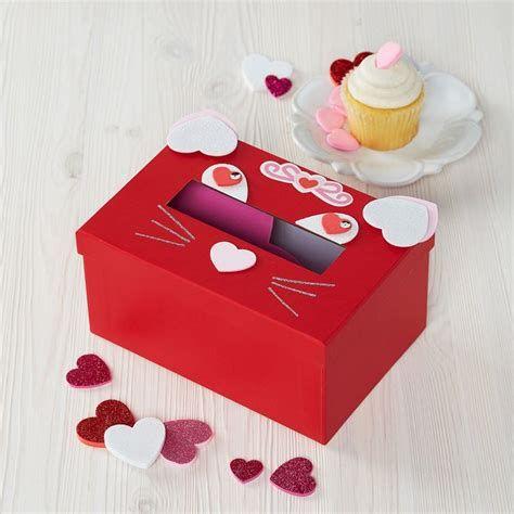Adorable Valentine Mailbox Decorating Ideas Ideas 25