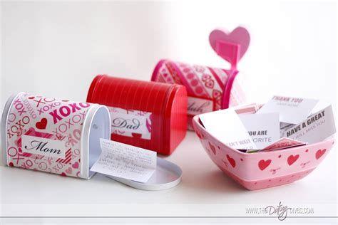 Adorable Valentine Mailbox Decorating Ideas Ideas 41