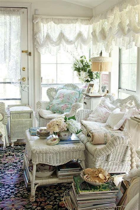 Amazing Romantic Shabby Chic Decorating Style Ideas 01