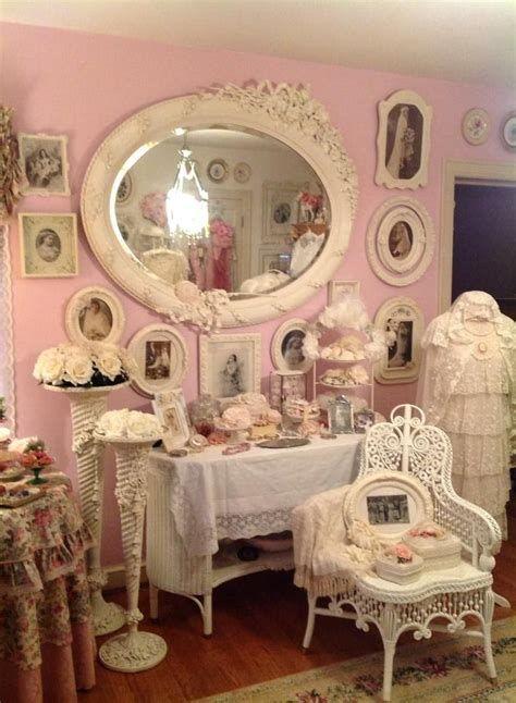 Amazing Romantic Shabby Chic Decorating Style Ideas 10