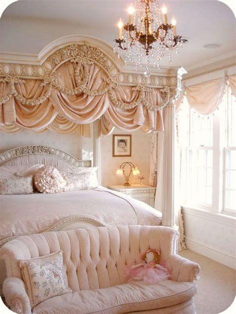 Amazing Romantic Shabby Chic Decorating Style Ideas 11