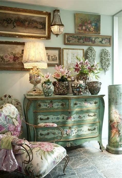 Amazing Romantic Shabby Chic Decorating Style Ideas 16