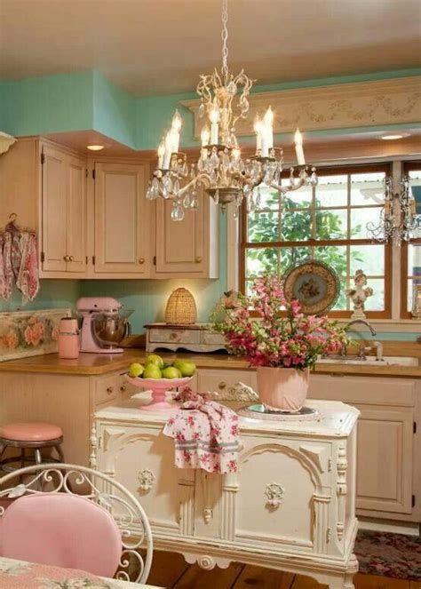 Amazing Romantic Shabby Chic Decorating Style Ideas 38
