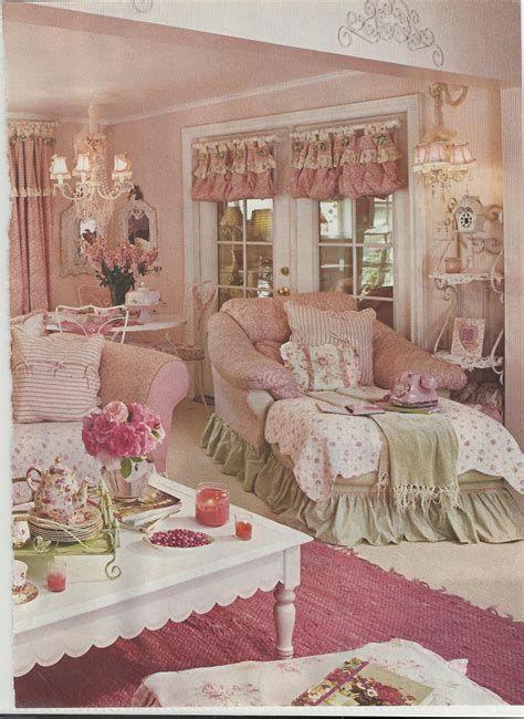 Amazing Romantic Shabby Chic Decorating Style Ideas 43