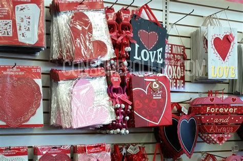 Attractive Dollar Tree Valentine Decoration Ideas Ideas 07
