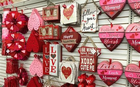 Attractive Dollar Tree Valentine Decoration Ideas Ideas 08