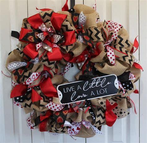 Awesome Burlap Valentine Decorations Ideas 09