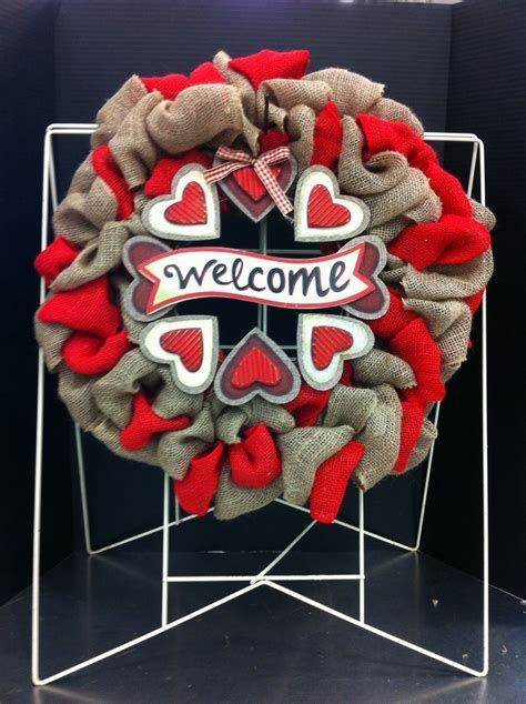 Awesome Burlap Valentine Decorations Ideas 10
