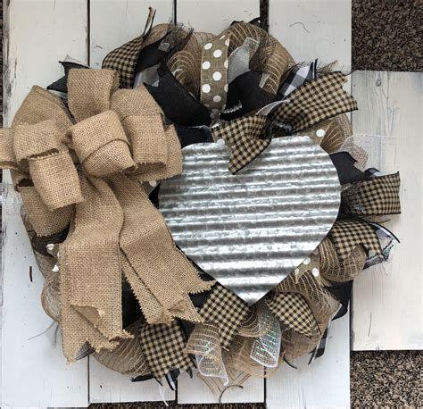 Awesome Burlap Valentine Decorations Ideas 15