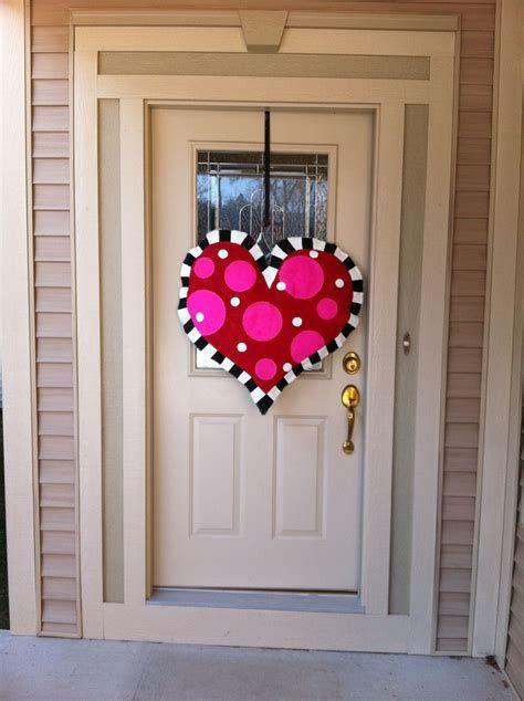 Awesome Burlap Valentine Decorations Ideas 18