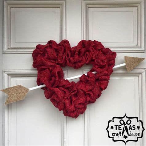 Awesome Burlap Valentine Decorations Ideas 20