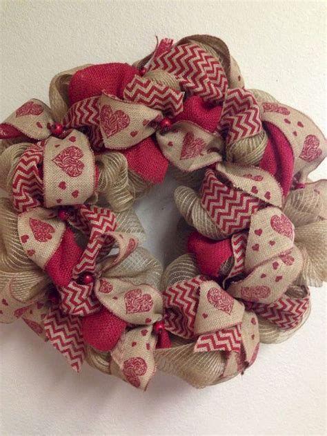 Awesome Burlap Valentine Decorations Ideas 21