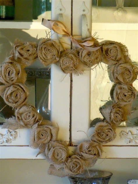 Awesome Burlap Valentine Decorations Ideas 24