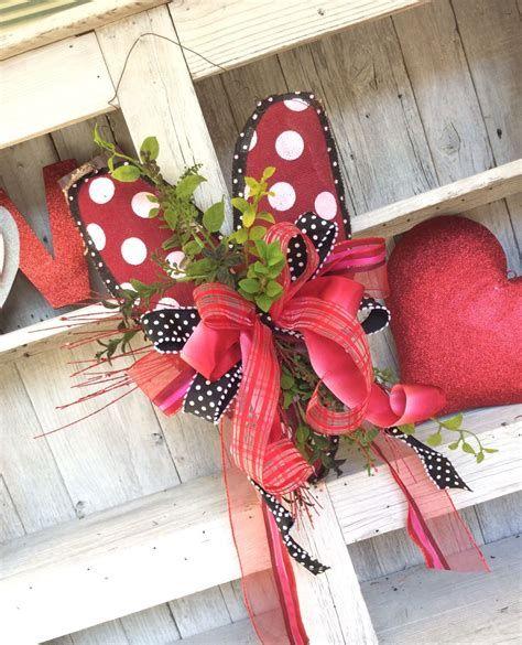 Awesome Burlap Valentine Decorations Ideas 30