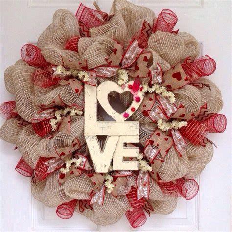 Awesome Burlap Valentine Decorations Ideas 41
