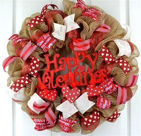 Awesome Burlap Valentine Decorations Ideas 43