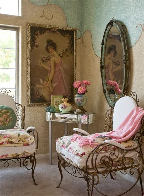 Awesome French Shabby Chic Interiors Ideas 04