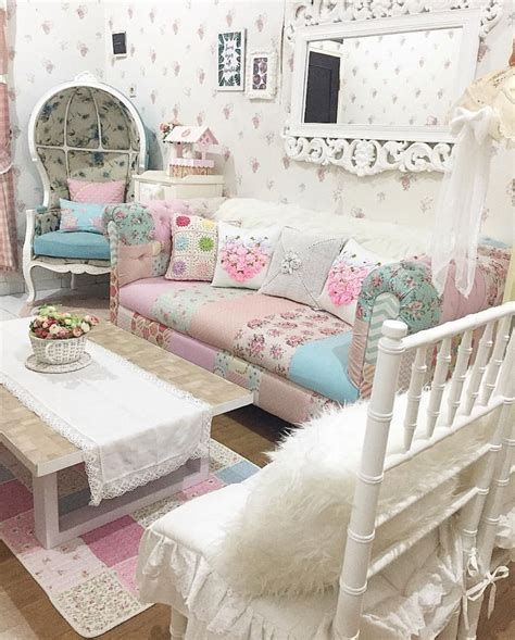 Awesome French Shabby Chic Interiors Ideas 06