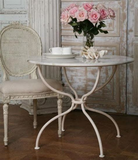Awesome French Shabby Chic Interiors Ideas 09