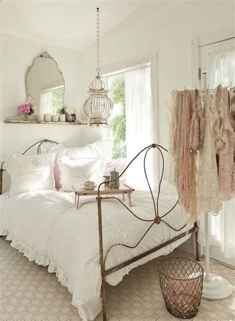 Awesome French Shabby Chic Interiors Ideas 12