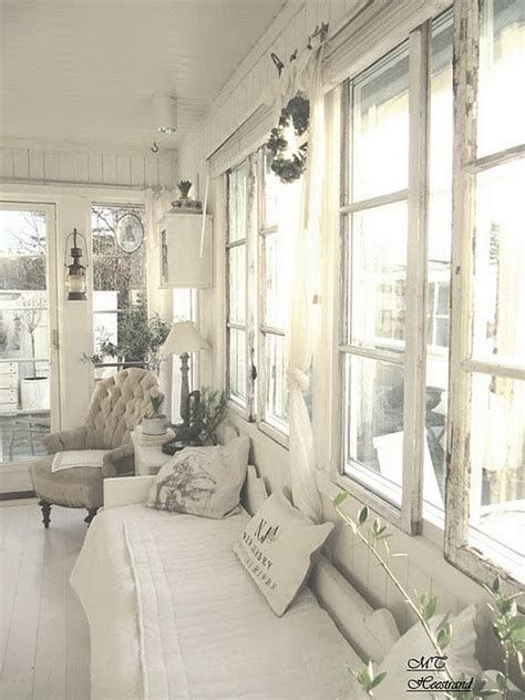 Awesome French Shabby Chic Interiors Ideas 13