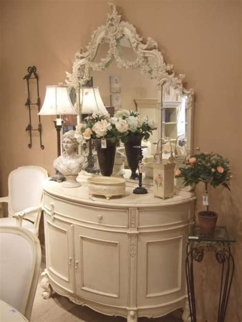 Awesome French Shabby Chic Interiors Ideas 17