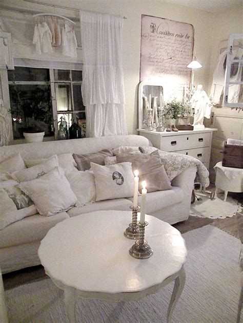 Awesome French Shabby Chic Interiors Ideas 34