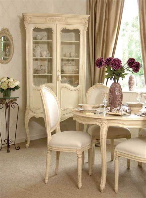 Awesome French Shabby Chic Interiors Ideas 37