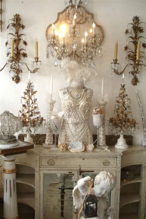 Awesome French Shabby Chic Interiors Ideas 41