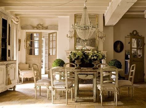 Awesome French Shabby Chic Interiors Ideas 45
