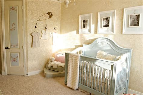 Beautiful Shabby Chic Baby Bedroom Ideas 05