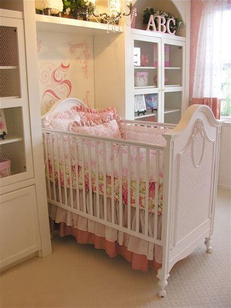 Beautiful Shabby Chic Baby Bedroom Ideas 24